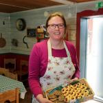 Annic Cools från Belgien  driver caféet i år.