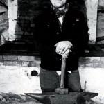 Konstsmeden Thomas Höglund har stora planer för den gamla smedjan