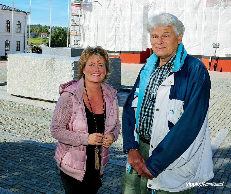 Agneta Nyholm Winqvist och Lars Högberg har lagt ned många timmar på att gräva i historien om Härnösands mörkaste dagar.