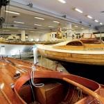 De här båtarna kan hamna på det nya båtmuseet. Dock inte kungaslupen i bakgrunden, den blir kvar i Stockholm.