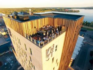 """Bland städerna i Norrland är Härnösand """"sist på bollen"""" även när det gäller nya hotell. Här intill ser du Hotell KUST i Piteå. Senast nu i december vann det två internationella pris som boutiquehotel och som nytt lyxhotell. Ett destinationshotell är ett besöksmål i sig, som Hotell Södra Berget i Sundsvall. Foto Hotell KUST"""
