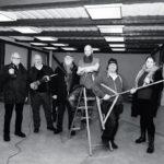 Ny scen för musik och arrangemang på gång! Hernö Hantverksöl tar över före detta Rikets sal vid Bryggarens strand och ligger nu i startgroparna för att den stora renoveringen. Så fort tillstånden är klara börjar man riva. De nya ägarna tar med sig Öbacka Jazz & Blues och ser fram emot ett spännande samarbete. Curt Fällgren (ordförande Öbacka Jazz & Blues), Kjell Fhinn (ÖJB), Kjell-Arne Danemo (ÖJB), Rasmus Rödén (Hernö Hantverksöl), Tomas Gönczi (HH) och Cecilia Nordlund (ÖJB) .