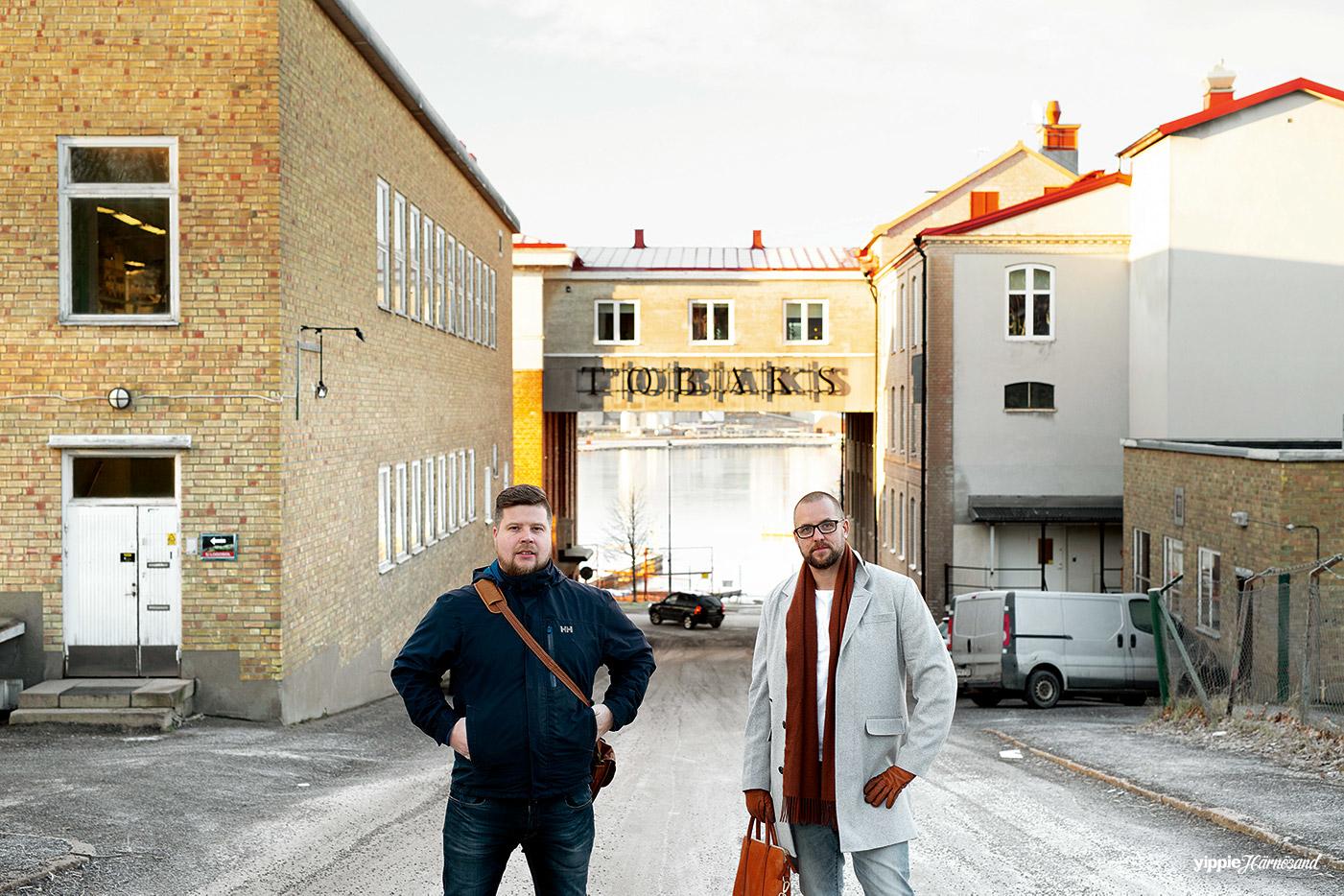 Anders Nilsson (tv) och Mattias Östman (tö) på Starbit i Härnösand.