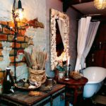 Badrummet, där Camilla gjort golv och väggar mer fulsnygga.